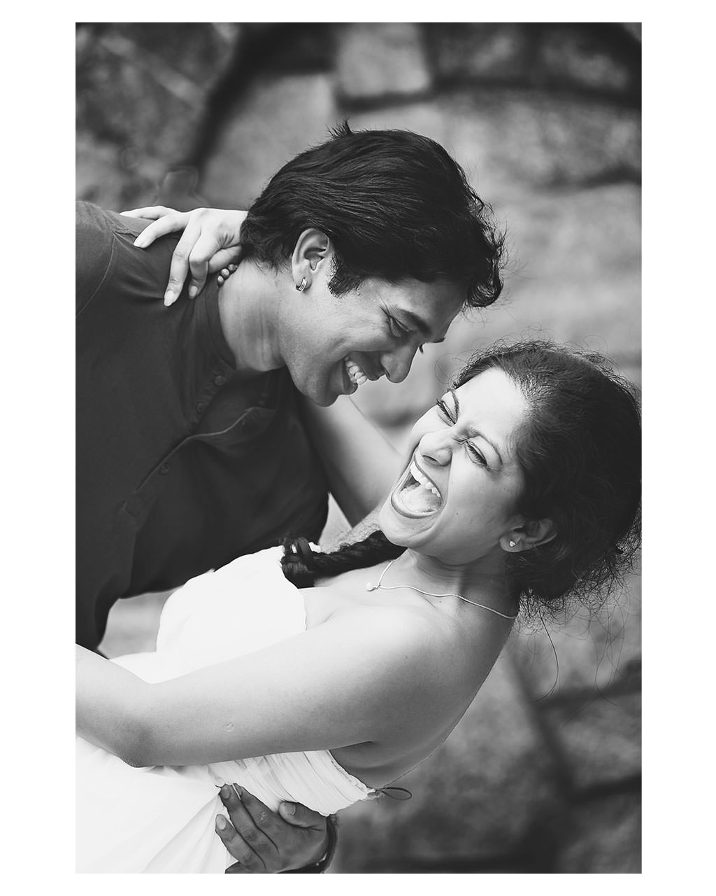 candid-moment-between-bride-and-groom